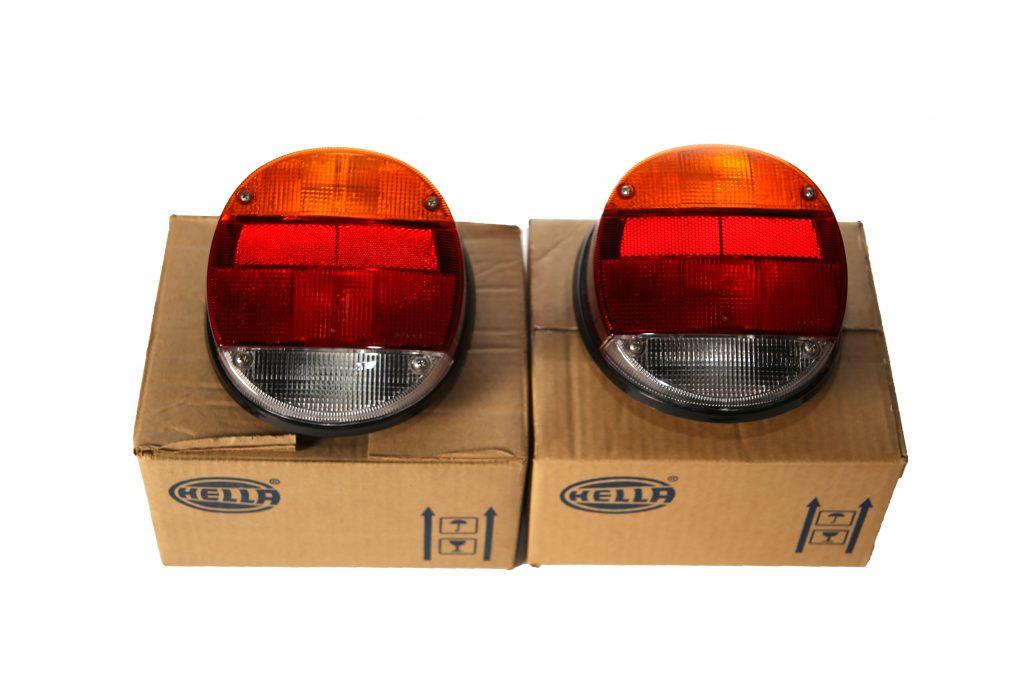 Set nieuwe Hella achterlichten na 1972 (1)
