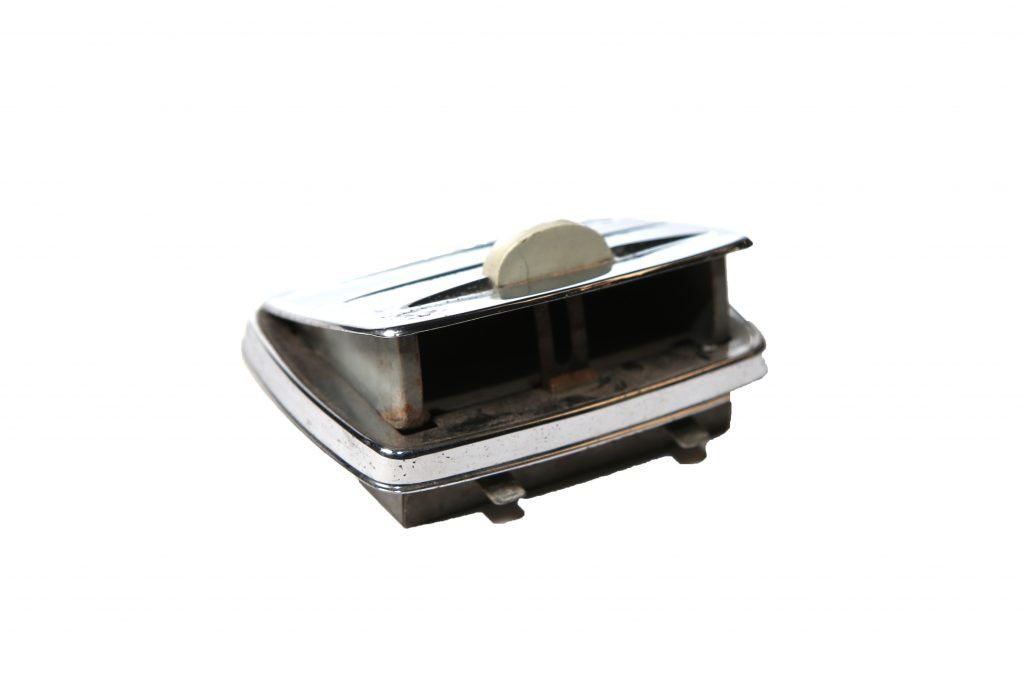 Asbak cabrio achterpaneel 1500:1302 gebruikt 1