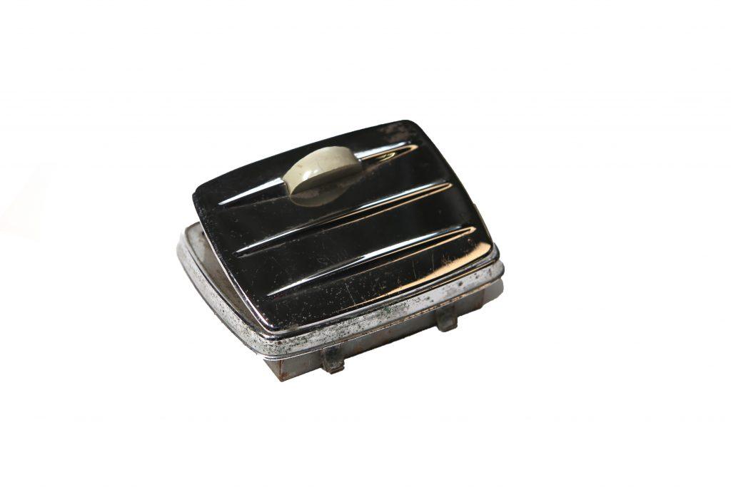 Asbak cabrio achterpaneel 1500:1302 gebruikt 2