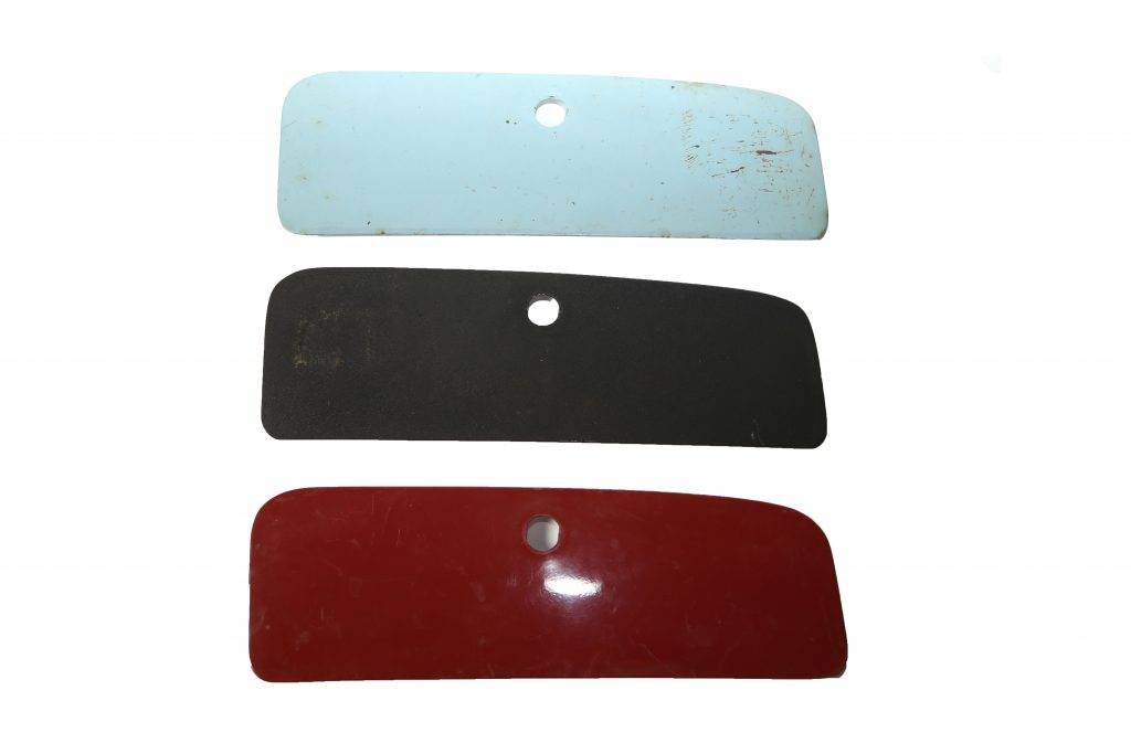 Dashboardkast klepje : handschoenenkast klep staal 1200:1300:1500 en 1302