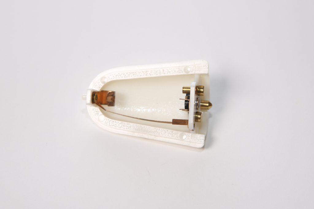 Interieurlichtje binnenspiegel : binnenverlichting Kever Cabrio : Karmann Ghia Cabrio na 8e maand 1967 (151 947 111 c)